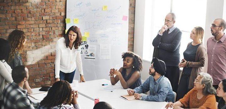 Le travail avec des objectifs et des récompenses de groupe est-il bénéfique?